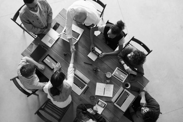 Los equipos son mejores cuando se componen de personas diferentes, con objetivos compartidos y con distintas perspectivas. Foto: Cortesía.