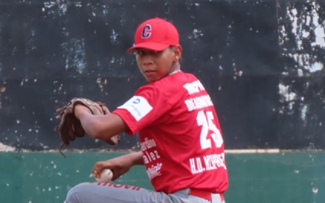Omar González. Foto:Fedebeis