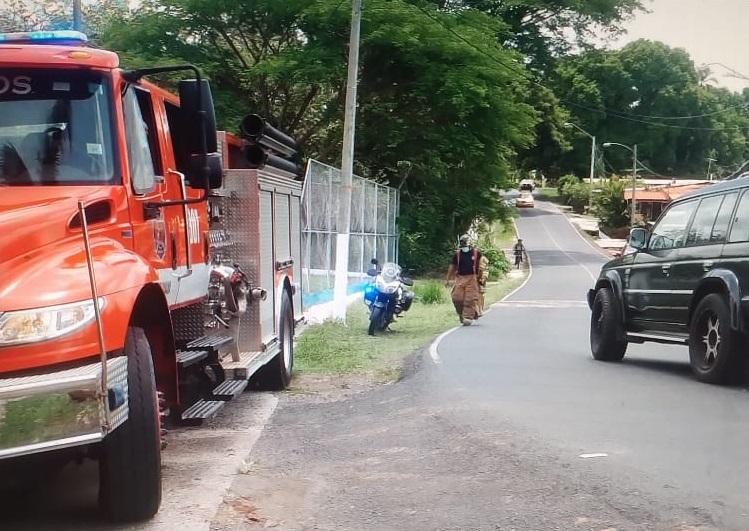 Al lugar se presentaron otras unidades de la ATTT y los Bomberos. Foto: Melquiades Vásquez