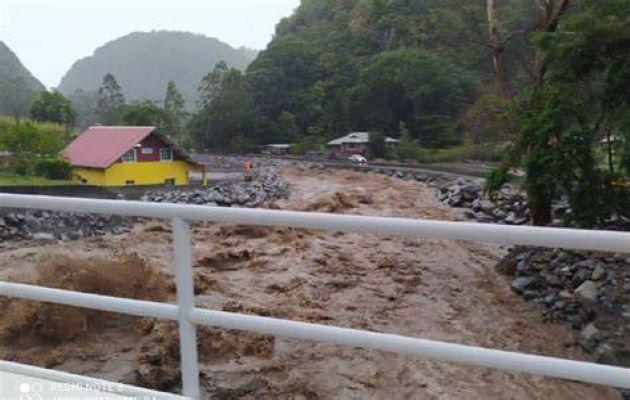 Personal de Sinaproc está en Chiriquí, Bocas del Toro y la Comarca Gnäbe Buglé monitoreando el nivel de los ríos. Foto: Archivo