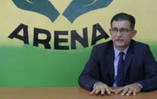 Rafael Rodríguez presidente de Arena dijo que el motivo de la vigilia es por el inicio de la discusión en primer debate sobre la Reforma Migratoria. Foto: Archivo.