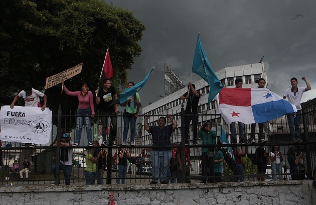 En 2019, una serie de protestas masivas forzaron al presidente Laurentino Cortizo a retirar de la Asamblea Nacional (AN/Parlamento) un polémico paquete de reformas constitucionales. Foto: EFE
