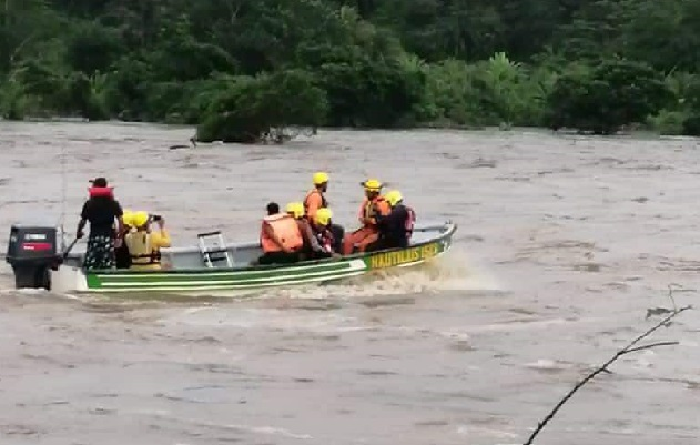 Se envió personal rescatista de Chiriquí para apoyar las labores de búsqueda de las personas desaparecidas. Foto: Mayra Madrid
