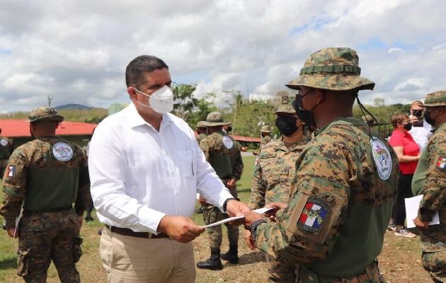 El ministro de Seguridad Pública, Juan Manuel Pino, informó que pronto se realizará una reunión con las autoridades colombianas. Foto: Cortesía Minseg