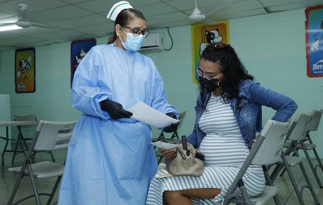 Las embarazadas son más susceptibles a desarrollar trombos. Foto: Minsa