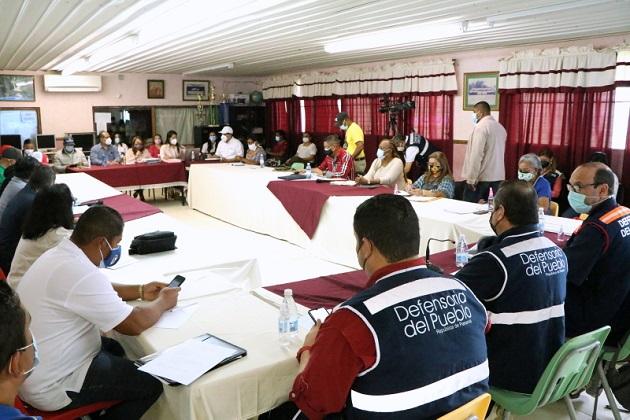 La reunión entre Meduca y gremios docentes tendrá la mediación de la Defensoría del Pueblo. Foto: Cortesía Defensoría del Pueblo