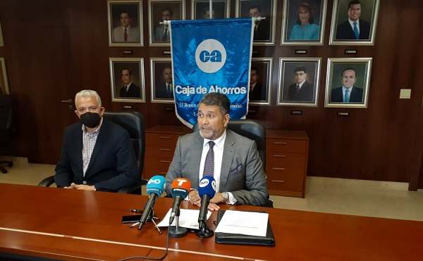 Andrés Farrugia durante la conferencia de prensa.