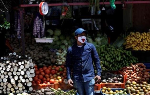 El trabajo informal crece en Panamá. Foto: EFE