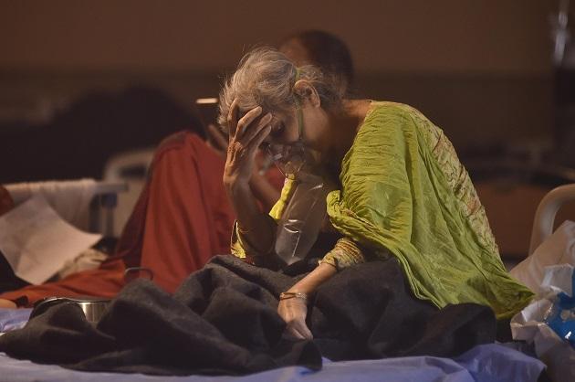 La gravedad de la crisis sanitaria sitúa a la India en el epicentro global de la pandemia del coronavirus. Foto: EFE