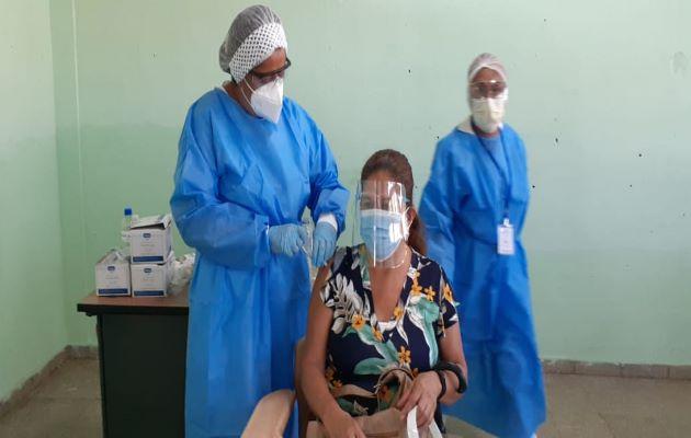 A septiembre del 2021 Panamá tiene previsto haber recibido 6.5 millones de dosis de la vacuna contra la covid-19.