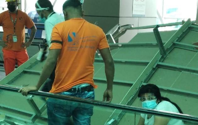 Cae techo en el Aeropuerto de Tocumen. Foto: Cortesía