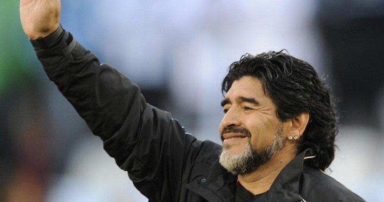 El excapitán y exseleccionador de Argentina falleció el 25 de noviembre de 2020. Foto: Twitter