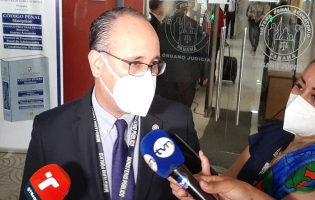El fiscal Aurelio Vásquez recalcó que la funcionaria laboraba directamente en el departamento de protección al menor. Foto: Víctor Arosemena
