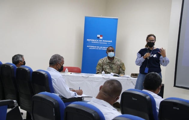 La administradora de la ARAP, Flor Torrijos, precisó que se mantendrá la consulta con todos los sectores para el proceso de reglamentación. Foto: Cortesía ARAP