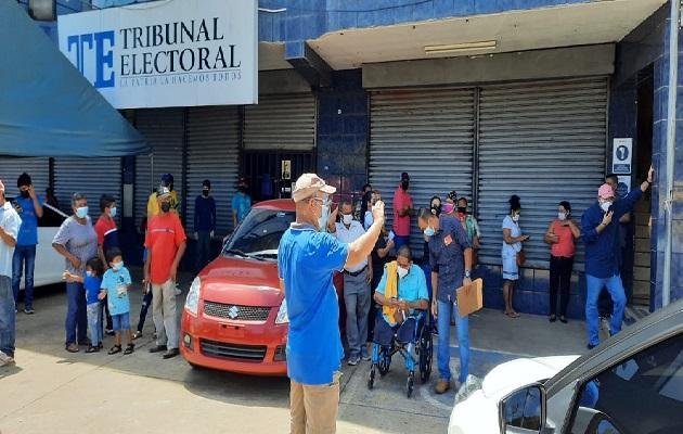 El proceso de inscripción se llevó a cabo en Santiago de Veraguas. Foto: Melquiades Vásquez