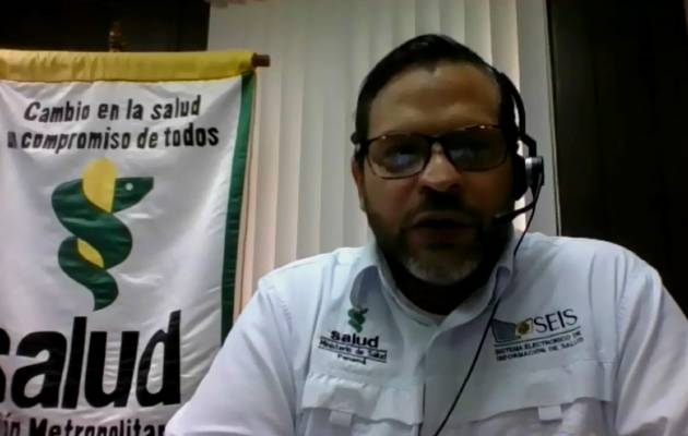 Director de la Región Metropolitana de Salud, Israel Cedeño.