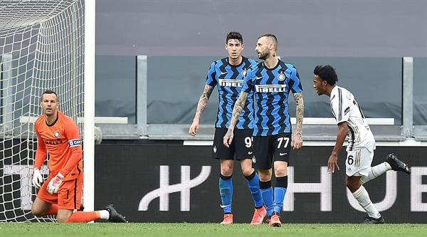 Juventus triunfó 3-2 sobre el Inter.
