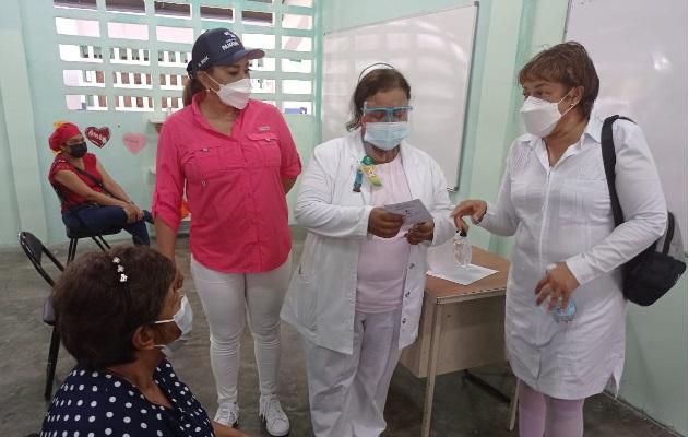 Este miércoles, 19 de mayo, se iniciará la vacunación a los mayores de 60 años, embarazadas y docentes en los circuitos 4-3 y 4-4. Foto: José Vásquez