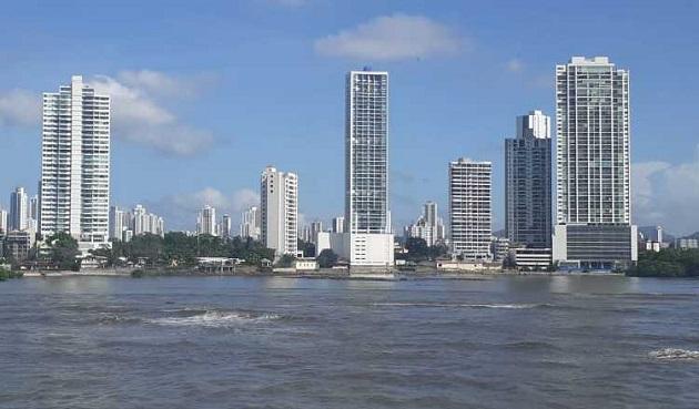 El flujo de la inversión extranjera en Panamá cayó 86.4% durante el 2020. Víctor Arosemena