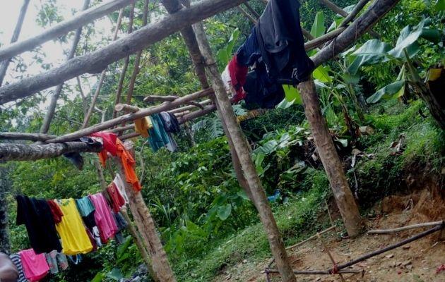 Familia en Coclé improvisan una vivienda para sus hijos. Foto: Cortesía Cristian Contigo