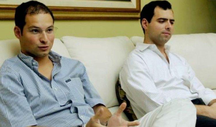 Diplomáticos panameños Ricardo Alberto y Luis Enrique Martinelli Linares están detenidos ilegalmente.