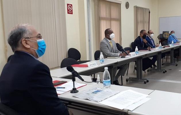 La comisión  está integrada por 12 miembros. Foto: Víctor Arosemena