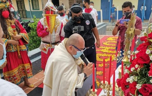 La ceremonia del Cuarteo del Sol y la Eucaristía del Corpus se realizaron de forma presencial, bajo estrictas medidas de bioseguridad. Foto: Thays Domínguez