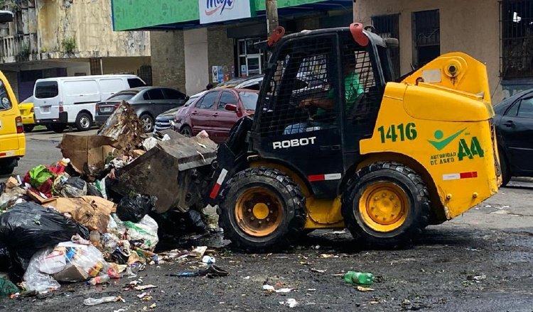 Las labores de recolección extraordinarias continúan, sobre todo en áreas críticas como el Este y el centro del distrito de Panamá. Cortesía Aaud