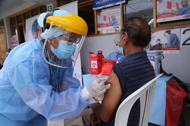 En el próximo trimestre llegan más vacunas al país para alcanzar la inmunidad de rebaño. Archivo
