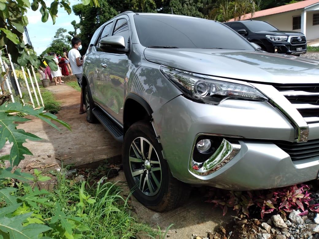 La camioneta era manejada por una ciudadana de 50 años de edad. Foto: José Vásquez