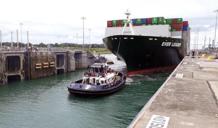 El Canal de Panamá mueve anualmente un promedio de 14 mil buques. Archivo