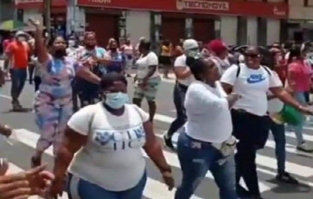 Las protestas no favorecen para nada a la golpeada economía de la provincia de Colón. Foto: Diomedes Sánchez