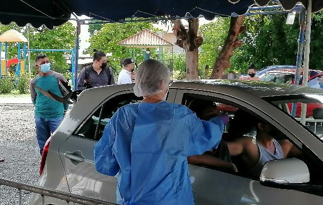 Al área también se presentan a hisoparse personas de Los Santos y Coclé. Foto: Thays Domínguez