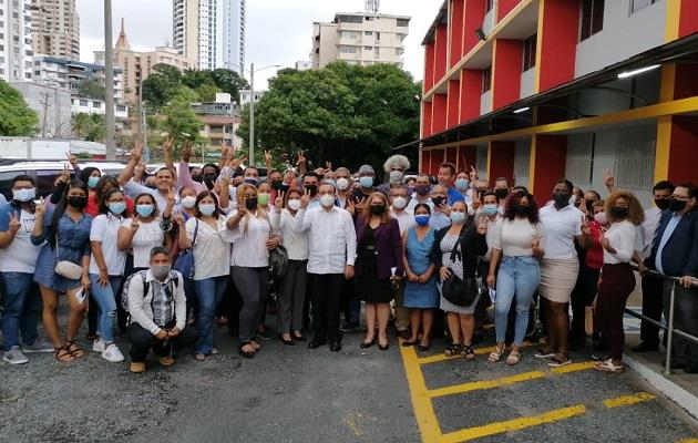 Eduardo Flores explicó que la campaña electoral ha sido diferente en esta ocasión. Foto: Cortesía Eduardo Flores