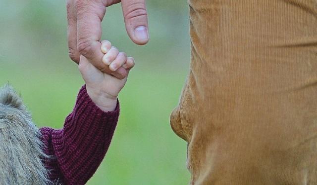Es una fecha para rendir homenaje a los padres.  Foto: Ilustrativa / Pixabay
