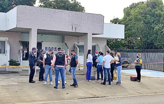 Autoridades de investigación trata de esclarecer los hechos que llevaron a la muerte del agente de seguridad. Foto: José Vásquez