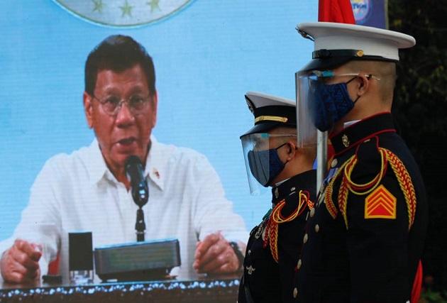 El presidente de Filipinas, Rodrigo Duterte, se dirigió al país por televisión. Foto: EFE