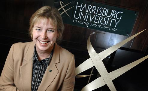 Vicerrectora académica de Harrisburg University, Bilita Mattes.