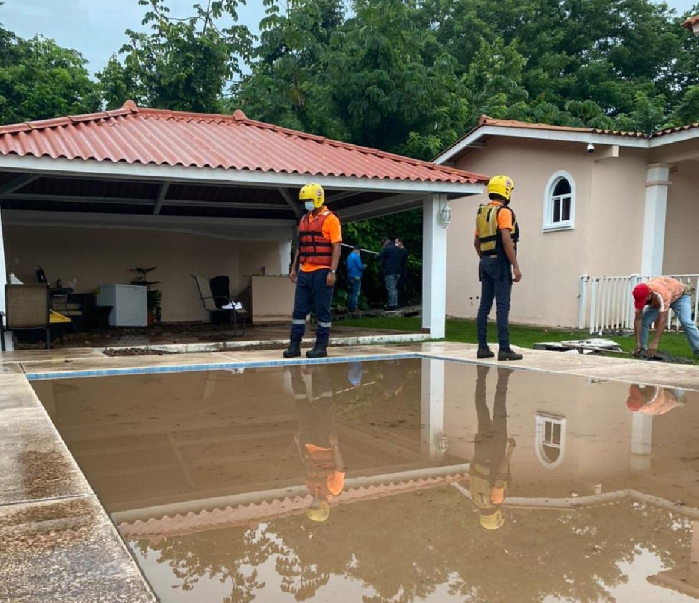 Personal de la Fuerza de Tarea Conjunta (FTC) realizó las evaluaciones de daños. Foto: Eric A. Montenegro