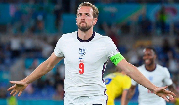 Harry Kane expresó su agradecimiento por el trabajo del seleccionador inglés, Gareth Southgate, a quien describió como una persona fantástica. Foto: EFE