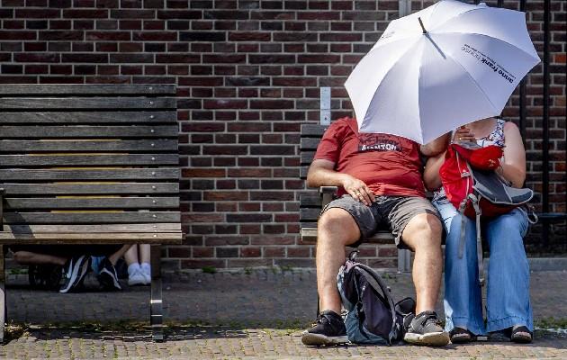 El Servicio Meteorológico de Canadá advirtió que la parte noroccidental de Ontario está bajo una alerta de calor, con temperaturas entre los 30 y 34 ºC. Foto: EFE