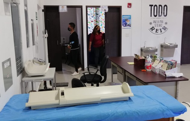 El personal médico en esta instalación confirmó que no se realizarán tomas de muestras de hisopado. Foto: Eric Montenegro