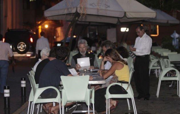 Los constantes cierres por la pandemia han afectado a los comerciantes nacionales. Foto: Archivo
