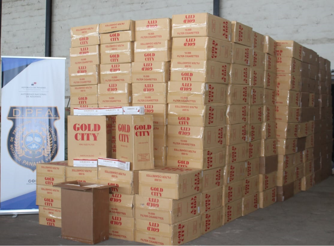 En el camión transportaban 4 millones de cigarrillos valorados en más de 311, 235 dólares. Foto: Mayra Madrid