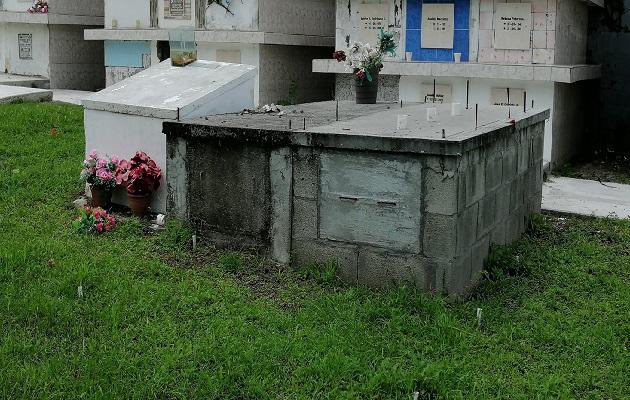 Dentro de los dos cementerios municipales existe un aproximado de 600 sepulturas y bóvedas, según las autoridades municipales de Chame. Foto: Eric Montenegro