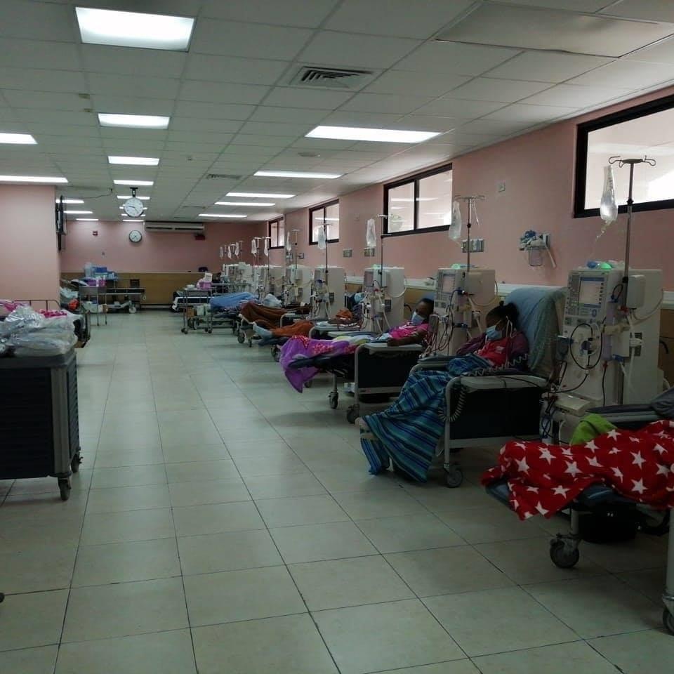 Un total de 140 pacientes renales reciben atención en esta instalación de salud. Foto: Diómedes Sánchez