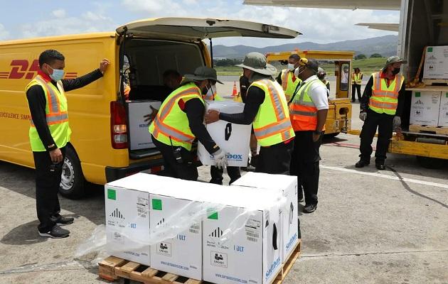 Panamá ha recibido más de dos millones de dosis de vacunas contra la covid-19. Foto: Cortesía Aeropuerto de Tocumen