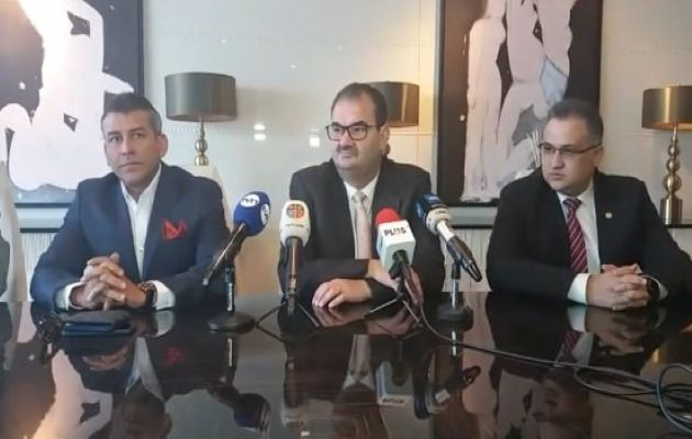 La defensa del expresidente Ricardo Martinelli realizó dos peticiones en este segundo día de juicio. Foto: Grupo Epasa