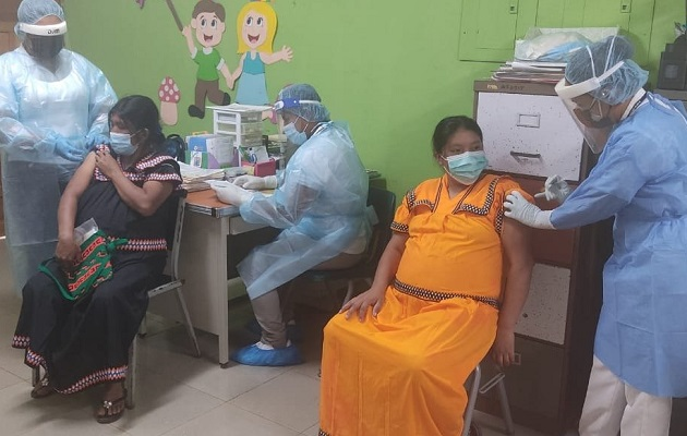 Las personas de 16 años en adelante pueden inmunizarse en los barridos. Foto: Cortesía Minsa
