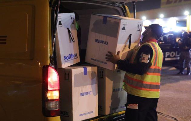 La entrega masiva de dosis de la vacuna Pfizer permitirá extender la vacunación por barrido en todo Panamá. Foto: Cortesía: Minsa